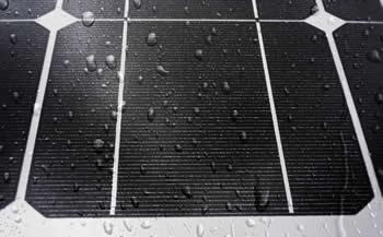 Photovoltaikmodule werden in der Regel ausreichend vom Regen gereinigt, so dass keine weiteren Kosten entstehen