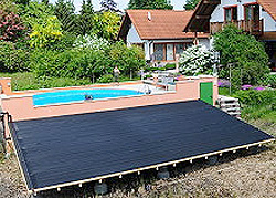 w rme f r den swimmingpool. Black Bedroom Furniture Sets. Home Design Ideas